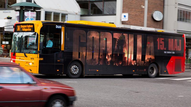 Godzilla - Busfoliering